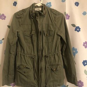 Olive green canvas jacket 4 pockets size small